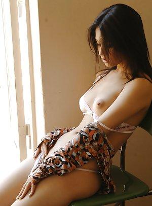 Japanese Teen Erotica Pics