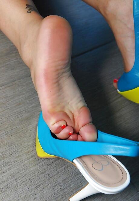 Japanese Feet Pics